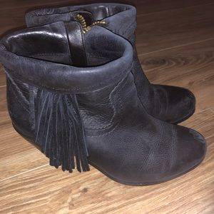 Sam Edelman black fringed booties